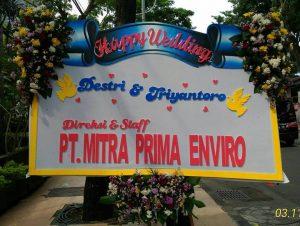 Bunga Papan Ucapan Pernikahan Maakassar